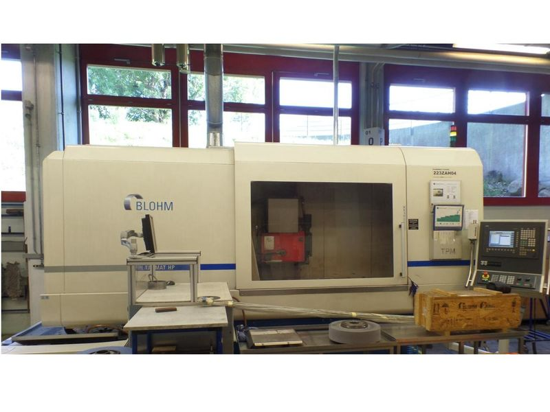 total view on Precision Surface and Profile Grinding Machine BLOHM PLANOMAT HP 412 CNC built2008