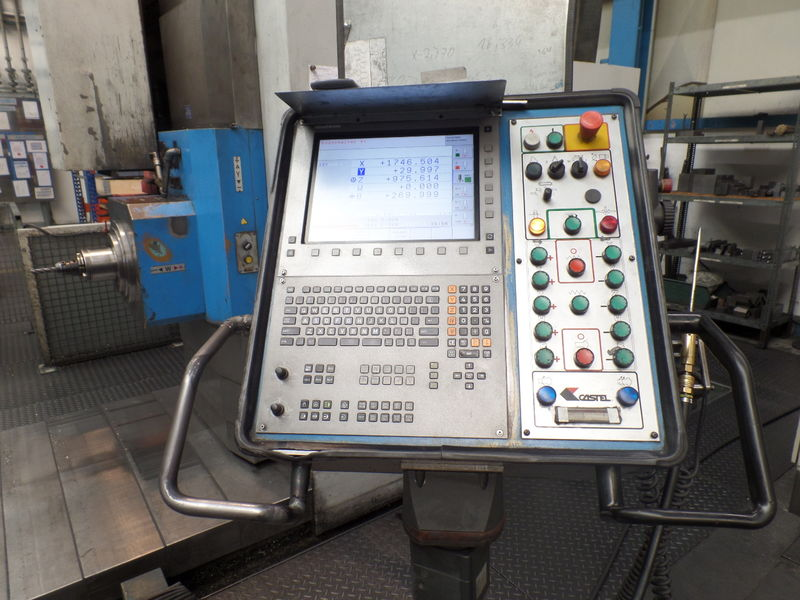 cnc_horizontal_boring_milling_machine_castel_red_1T10_A40_quill_diameter_130mm_control