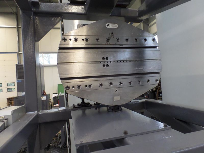 cnc_horizontal_boring_milling_machine_fpt_castel_red_X_4000_Y_3000_Z_2500mm_face_turning_head