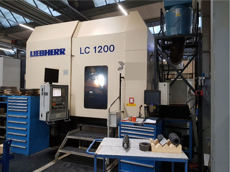 used Gear Hobber LIEBHERR LC 1200 built 2002 with workpiece diameter 1200 mm