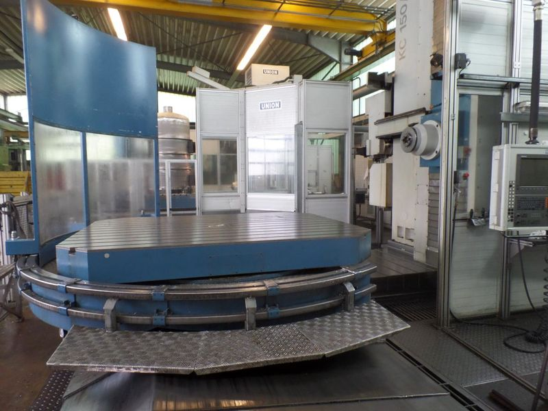 NC rotary table of horizontal Boring- and Milling Machine UNION KC 150 built 2006 with HEIDENHAIN iTNC 530 control