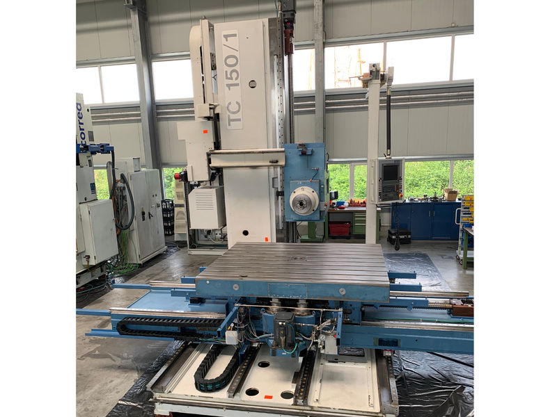 used 5-axis table boring machine UNION TC 150 with X-Y-Z 2.500x2.500x1.500 mm